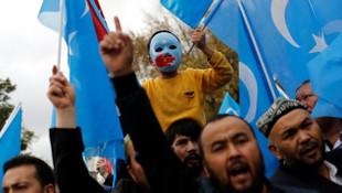 Türklere yönelik beyin yıkama talimatları basına sızdı