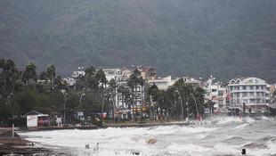 Meteoroloji'den yeni yağış uyarısı: Sel, yıldırım, fırtına...