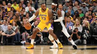 Spurs - Lakers maçına LeBron James damga vurdu