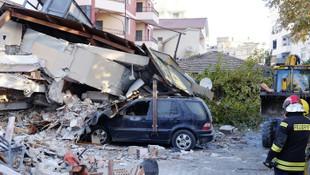 Arnavutluk depreminde ölü sayısı yükseldi