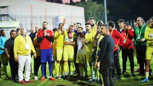 Anne acısıyla maça çıkan Mustafa Çeçenoğlu gözyaşlarına boğuldu