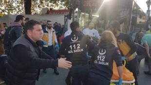 Beşiktaş'ta dehşet ! Otobüs durağa daldı, şoför bir kişiyi bıçakladı