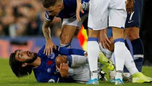 Cenk Tosun, Andre Gomes'in ayağının kırıldığı anı anlattı