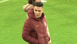 Radamel Falcao Madrid'de takım arkadaşlarını yalnız bırakmadı