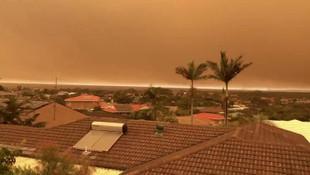 Avustralya dev orman yangınlarıyla boğuşuyor