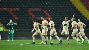 Ömer Bayram ve Feghouli bu sezon ilk kez gol sevinci yaşadı