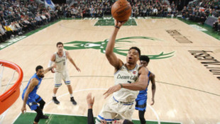 Milwaukee Bucks-Orlando Magic maç sonucu: 110-101 (Ersan İlyasova 11 sayı attı)