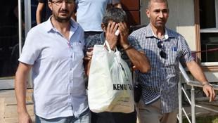 Eski eşini 21 yerinden bıçaklayıp ölüme terketti !