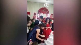 Düğünde kıskançlık krizi ! Damat ortalığı birbirine kattı