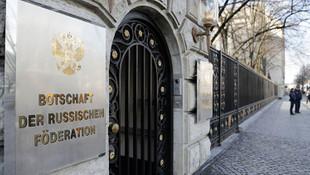 Rusya ile Almanya arasında kriz! 2 diplomat ''istenmeyen kişi'' ilan edildi