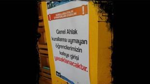 Üniversite kampüsünde tepki çeken afiş !