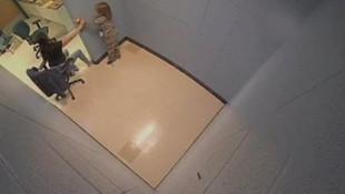 7 yaşındaki çocuğa hücre işkencesi !