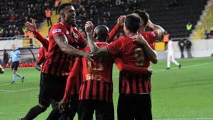 ÖZET | Gençlerbirliği 3-1 Göztepe maç sonucu