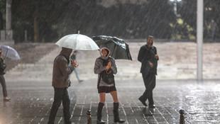 Meteoroloji uyardı ! Şemsiyeleri hazırlayın: Yağmur geliyor !