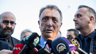 Başkan Ahmet Nur Çebi ve taraftar arasında gergin anlar