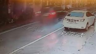 Yaya geçitinde dehşet! Trafik magandası kamerada!