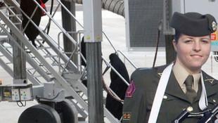 Türkiye sınır dışı ettiği teröriste gözaltı