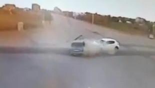İnanılmaz kaza anı kamerada!