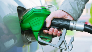 Hem benzine hem de motorine büyük zam geliyor!