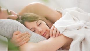 Yetersiz cinsel ilişki kadına zarar veriyor