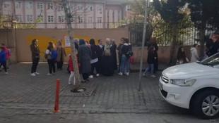İstanbul'da okulda öğrencilere öğretmen dayağı!