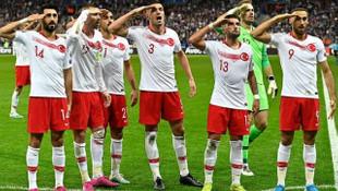 UEFA'dan Türkiye'ye asker selamı cezası
