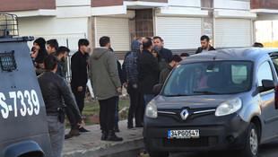 17 yaşındaki kızın cesedi evinin önünde yüzü paramparça halde bulundu!