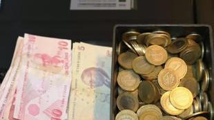Diyarbakır'da şaşırtan olay: İhtiyacı olanlar parayı alıp gidiyor