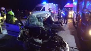 Otomobil ile TIR çarpıştı: 3 ölü, 2 yaralı