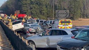 Zincirleme kaza demek hafif kalır: Tam 60 araç birbirine girdi!