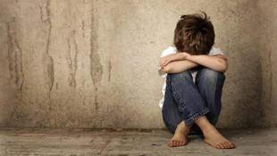 2.5 yıldır kayıp olan çocuk gardıroptan çıktı !