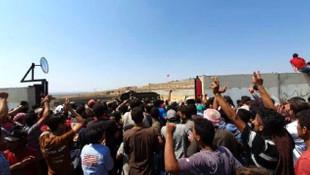 Akın akın geliyorlar! Sınıra dayanan Suriyeli sayısı 100 bini aştı!