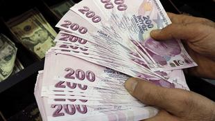 Milyonları ilgilendiriyor ! İşte yeni yıldaki pasaport ve ehliyet fiyatları