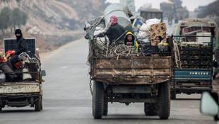 Göç dalgası sürüyor ! 47 bin kişi daha Türkiye sınırına dayandı