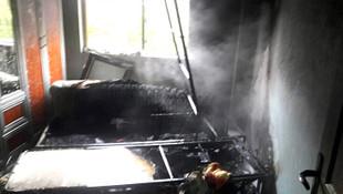 Bacadan çıkan kıvılcım evi yaktı