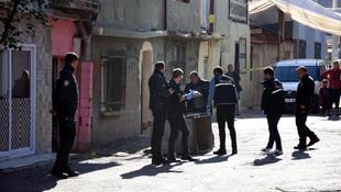 İzmir'de silahlı çatışma: Çok sayıda yaralı var