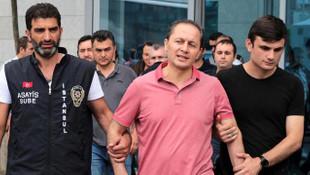Eski HSYK Başkanı Okur'a FETÖ'den hapis cezası