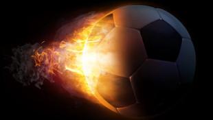 France Football, Galatasaray'ı Fenerbahçe logosuyla gösterdi