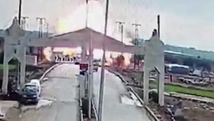Türkiye sınırında patlama ! Patlama anı kamerada !