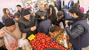 Marketler fiyatları düşürdü, kilo sınırı getirildi