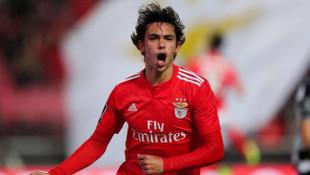 Benfica maçında büyük sürpriz! Geliyorlar...