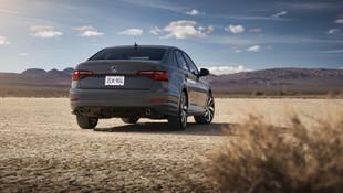 Volkswagen Jetta GLI dünyaya tanıtıldı