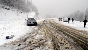 AK Partili başkan kazada yaralandı