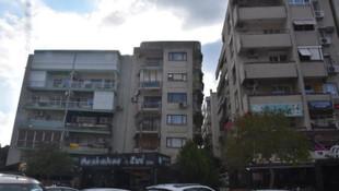 İzmir'deki binaların görüntüsü şoke ediyor