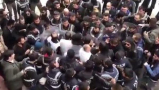 CHP'li vekilden 'vekiller dövülüyor' paylaşımı