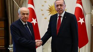AK Parti ile MHP birleşsin önerisi
