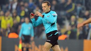 Cüneyt Çakır Lyon - Barcelona maçında düdük çalacak