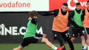 Beşiktaş'ta Burak Yılmaz antrenmana katılmadı