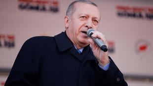 Erdoğan: ''Anacığımın ayağının altını öperdim, çekerdi''