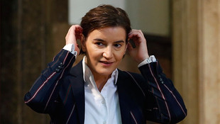 Eşcinsel başbakanın hayat arkadaşı doğum yaptı